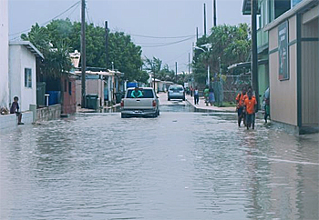 dws-deltares-ebeye-flooded-streets-350px