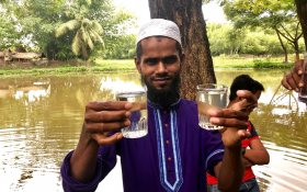 Clean water produced by Villagepump 500 in Bangladesh