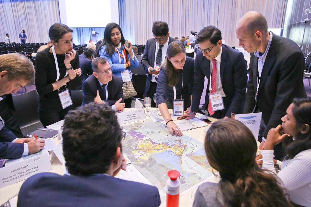 Forging dialogue at the Cities Leaders Forum during the Amsterdam International Water Week 2017