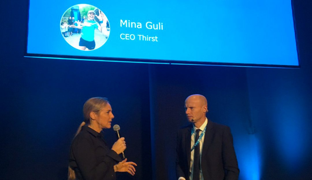 Australian marathon runner Mina Guli tells Dutch water envoy that she was deeply impressed when running over what once was the bottom of the Aral Sea.