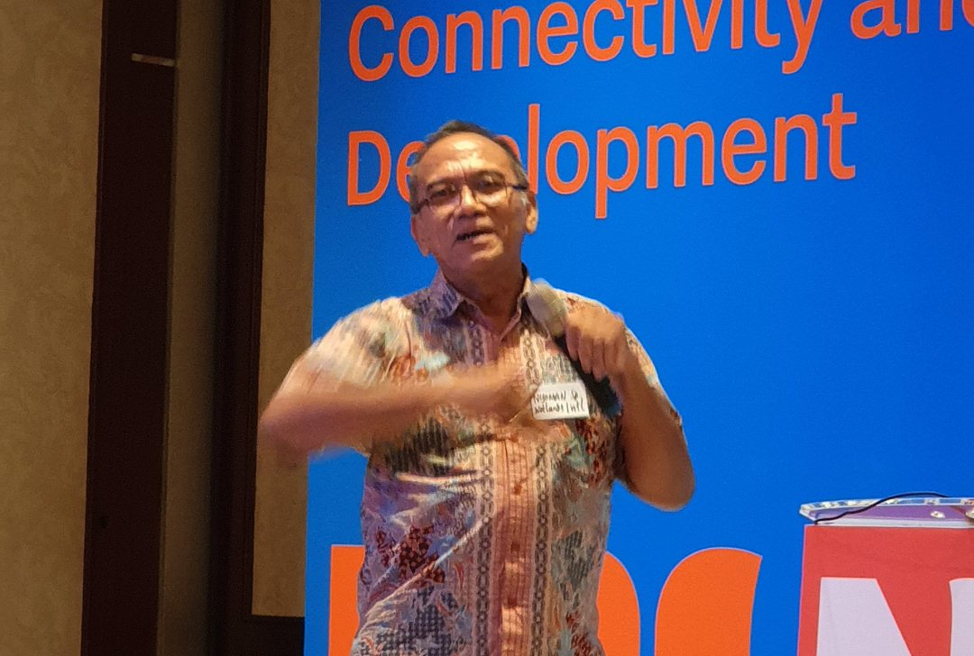 Director Nyoman Suryadiputra of Wetlands International Indonesia at at seminar on Building with Nature