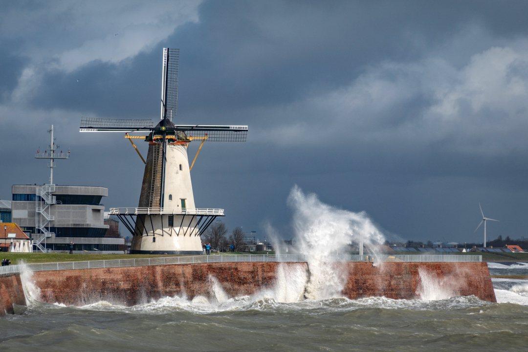Sea wall at Vlissingen near wind mill