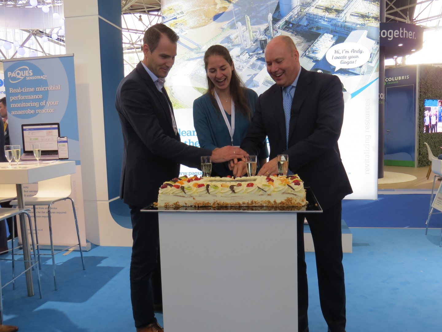 CEO Stephan Bocken of Paques cuts a cake to celebrate the delivery of the 1500th Biopaq waste water treatment plant.