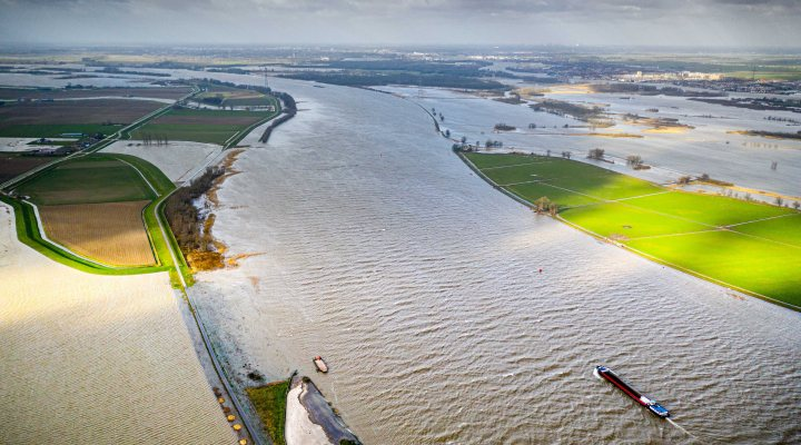 River Rhine overtopping the Noordwaard polder